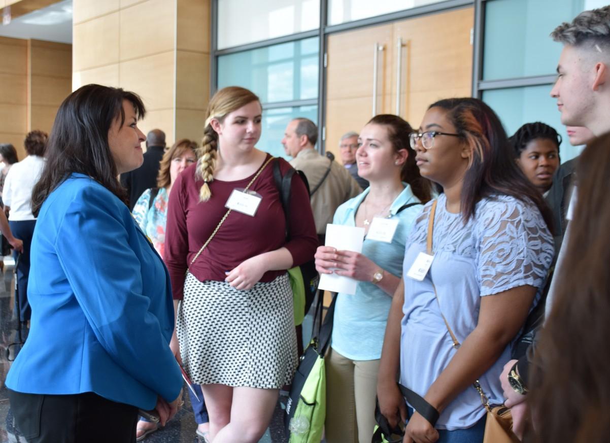 Youth from Tartan High and John Glenn Middle meet with Sen. Susan Kent.